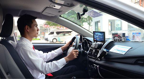 Mách bạn một số câu hỏi khi tìm việc lái xe tại Hà Nội mới nhất