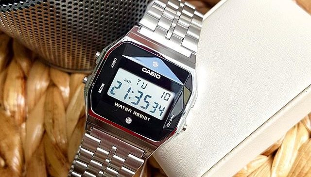 Đồng hồ điện tử là gì? Nên mua của thương hiệu nào?